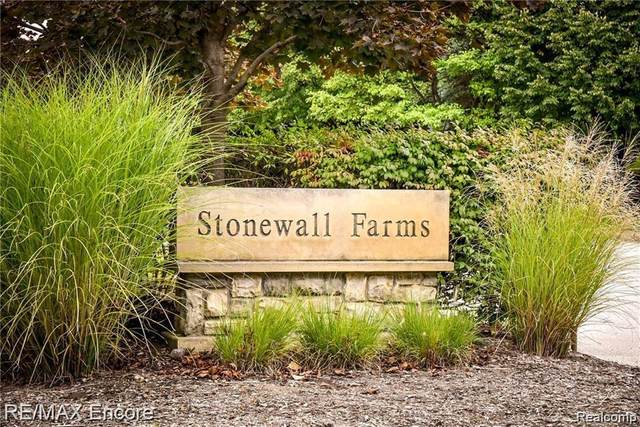 LOT 3 Stonewall, Independence Twp, MI 48348 (#2210005769) :: The Merrie Johnson Team