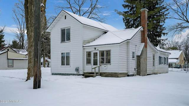 306 Hutchinson Street, Big Rapids, MI 49307 (#72021003029) :: The BK Agency
