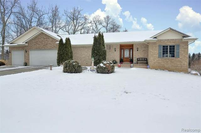 6493 Saw Bridge Court, Grand Blanc Twp, MI 48439 (#2210007102) :: Real Estate For A CAUSE