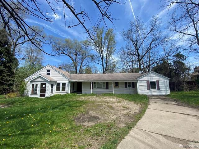 5497 S Saginaw Road, Grand Blanc Twp, MI 48507 (#2210007521) :: Real Estate For A CAUSE