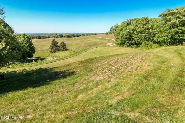 Lot 8 Heather Ridge Trail, Homestead Twp, MI 49617 (#67021004310) :: RE/MAX Nexus