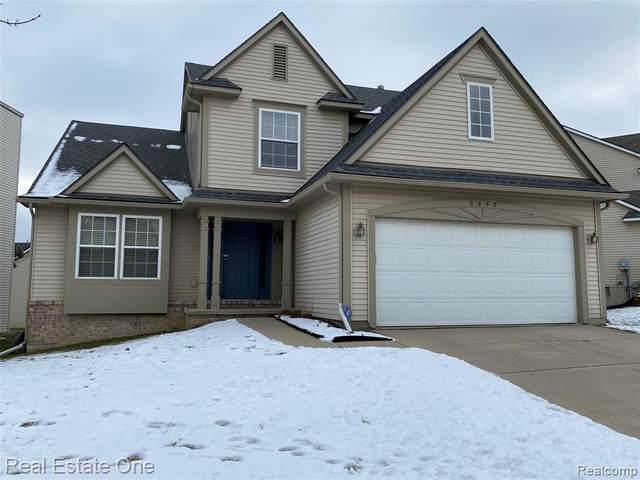 3252 Dunwoodie Road, Ann Arbor, MI 48105 (#2210009878) :: The Alex Nugent Team | Real Estate One
