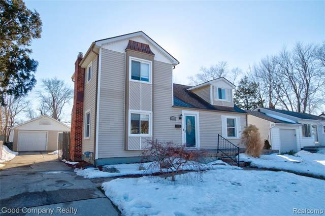 22334 Stephens Street, Saint Clair Shores, MI 48080 (#2210010960) :: The Mulvihill Group