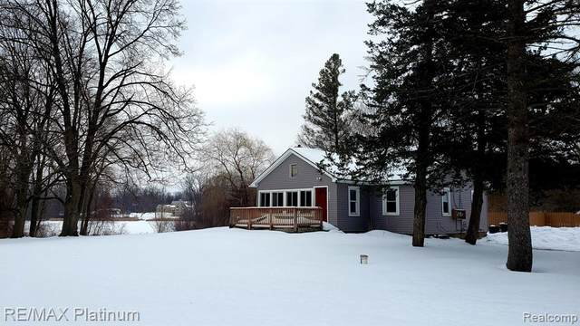 1315 Euler Road, Genoa Twp, MI 48114 (MLS #2210011553) :: The John Wentworth Group