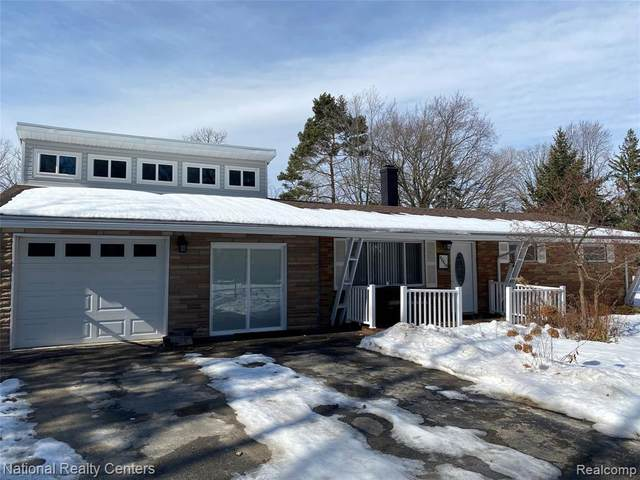 48459 W Ranch, Chesterfield Twp, MI 48051 (MLS #2210012316) :: The Toth Team