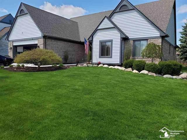 39522 Squire, Novi, MI 48375 (#57050035097) :: Duneske Real Estate Advisors