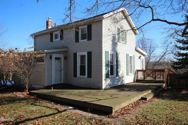 104 S Wilson Street, Vicksburg Vlg, MI 49097 (#66021006090) :: GK Real Estate Team