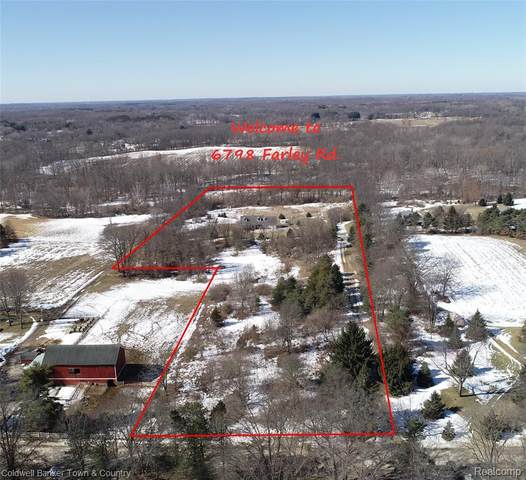 6798 Farley Road, Putnam Twp, MI 48169 (#2210013622) :: Novak & Associates