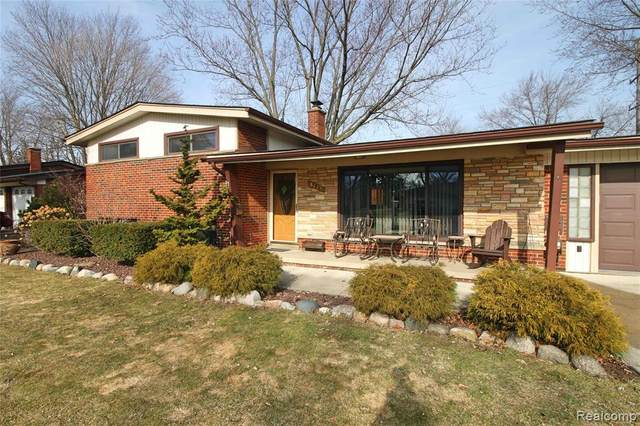 8729 Kidley Drive, Sterling Heights, MI 48314 (MLS #2210013653) :: The John Wentworth Group