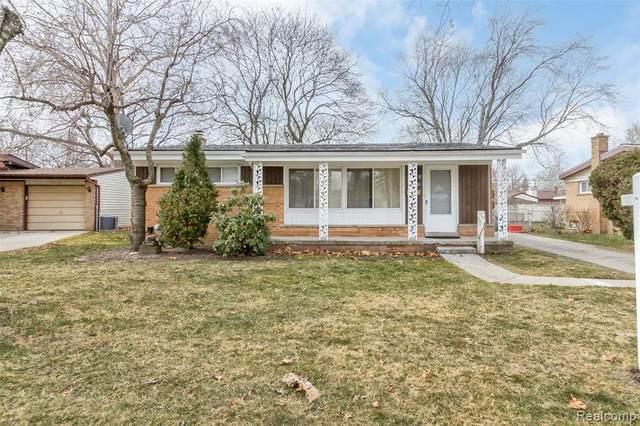 17231 Dolores Street, Livonia, MI 48152 (#2210013869) :: GK Real Estate Team