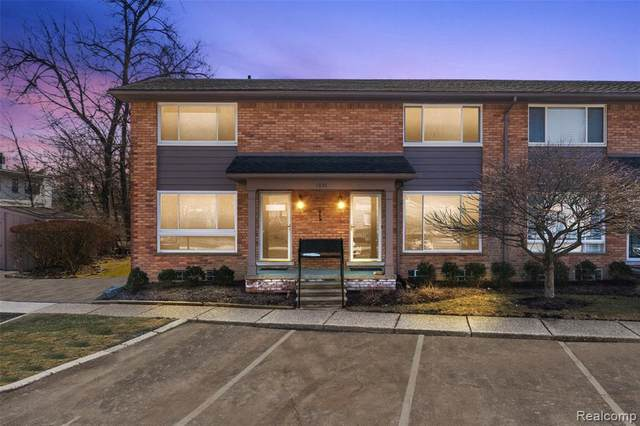 1035 N Old Woodward Ave Unit 2, Birmingham, MI 48009 (#2210013903) :: NextHome Showcase