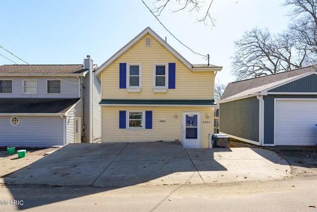1652 Burlington Drive, Ross Twp, MI 49060 (#66021007186) :: Real Estate For A CAUSE
