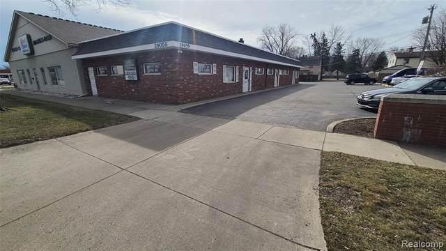 29055 Ford Road 1A, Garden City, MI 48135 (#2210015983) :: BestMichiganHouses.com