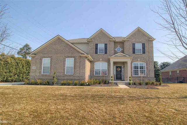 52488 Indian Summer, Chesterfield Twp, MI 48051 (#58050036033) :: Real Estate For A CAUSE