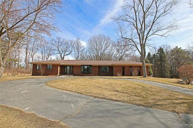 150 N Newman Road, Orion Twp, MI 48362 (#2210017545) :: Real Estate For A CAUSE