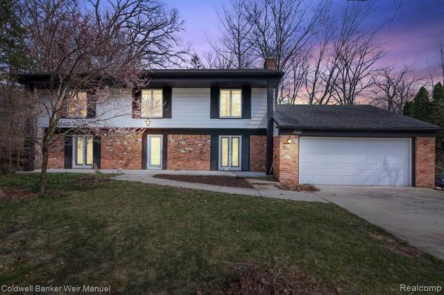 30166 E Lincolnshire, Beverly Hills Vlg, MI 48025 (#2210018046) :: Keller Williams West Bloomfield