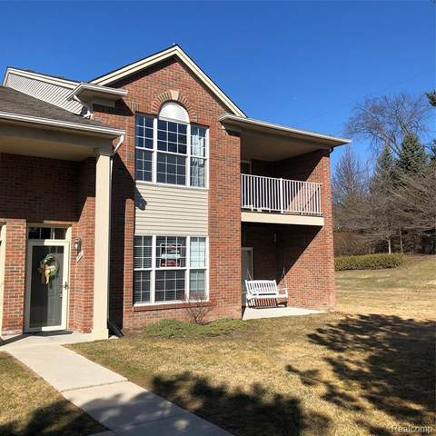 1866 Flagstone Circle #58, Rochester, MI 48307 (#2210018245) :: Keller Williams West Bloomfield