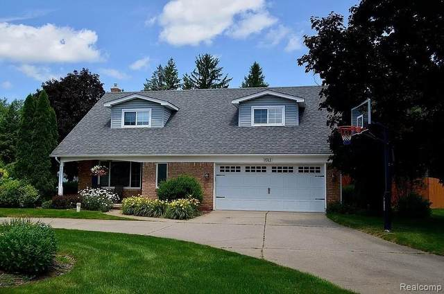 9743 Betty Drive, Green Oak Twp, MI 48116 (#2210019513) :: Real Estate For A CAUSE