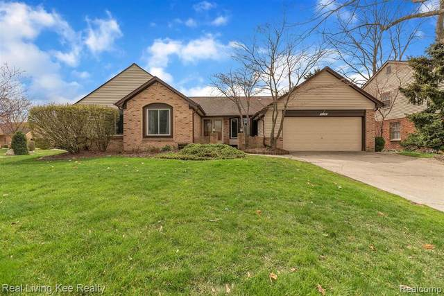 1175 Greenleaf Drive, Rochester Hills, MI 48309 (#2210019570) :: The Alex Nugent Team | Real Estate One