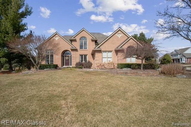 13095 Hollywood Drive, Plymouth Twp, MI 48170 (#2210019730) :: GK Real Estate Team