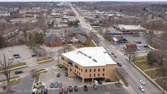 804 N Main St # 2E, Rochester, MI 48307 (#2210019889) :: NextHome Showcase