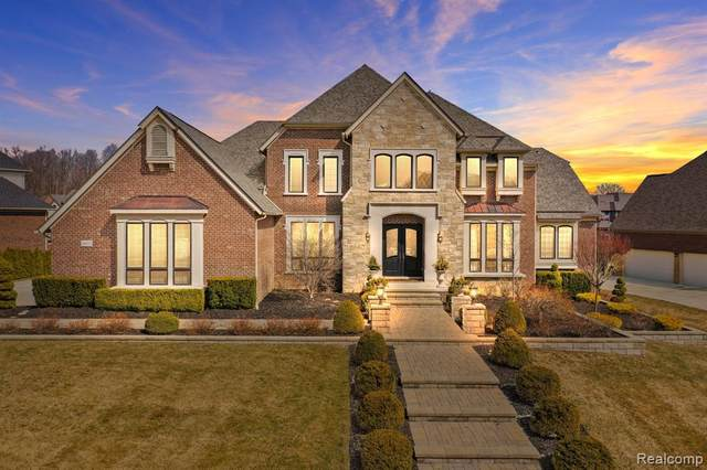 48832 Veneto Drive, Novi, MI 48167 (#2210020131) :: Duneske Real Estate Advisors