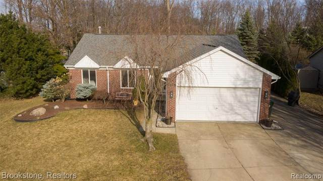 2909 Alexander Avenue, Rochester Hills, MI 48309 (#2210020333) :: Real Estate For A CAUSE