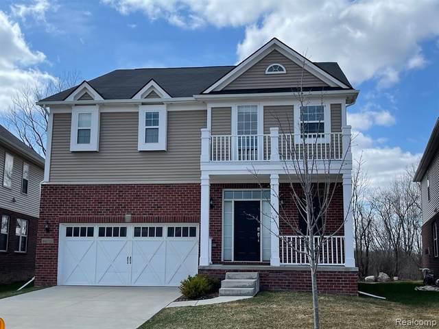 49733 Hartwick Drive, Novi, MI 48374 (#2210021440) :: Duneske Real Estate Advisors