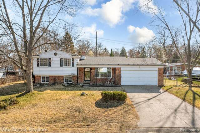 4223 Forbush Avenue, West Bloomfield Twp, MI 48323 (#2210022860) :: The Alex Nugent Team | Real Estate One
