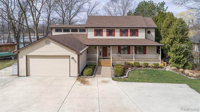 28214 Elba Drive, Grosse Ile Twp, MI 48138 (#2210022920) :: Real Estate For A CAUSE