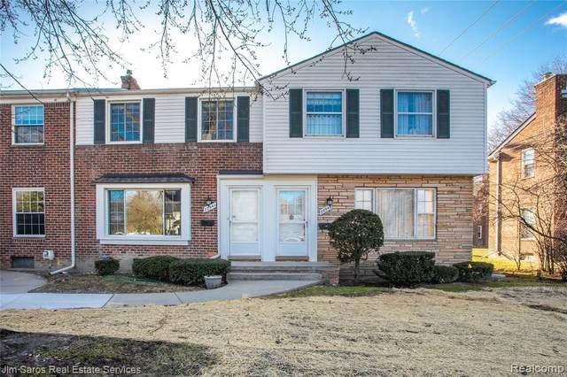 22941 Lakeshore Drive, Saint Clair Shores, MI 48080 (#2210022958) :: The Alex Nugent Team   Real Estate One