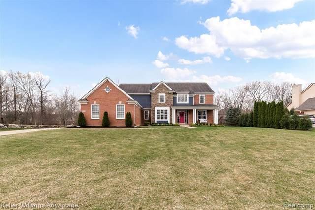13795 Forest Ridge Circle, Green Oak Twp, MI 48178 (#2210023016) :: Duneske Real Estate Advisors