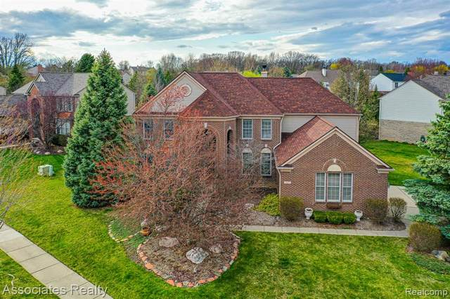 1957 Catlin Drive, Rochester, MI 48306 (MLS #2210023962) :: The John Wentworth Group