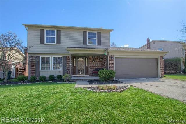 9280 Mayflower Drive, Plymouth Twp, MI 48170 (#2210024793) :: GK Real Estate Team