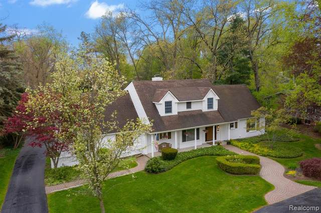 4175 Sandy Lane, Bloomfield Twp, MI 48301 (#2210024798) :: Real Estate For A CAUSE