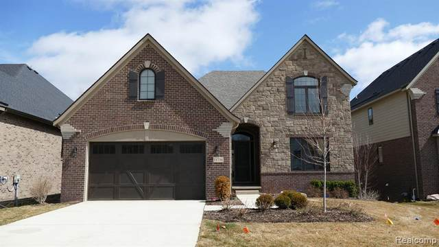11738 Tuscany Court, Plymouth Twp, MI 48170 (#2210025058) :: BestMichiganHouses.com