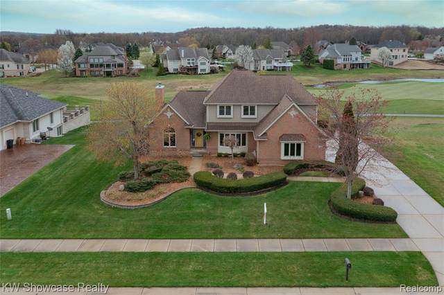 1113 Saint Andrews, Highland Twp, MI 48357 (#2210025154) :: Duneske Real Estate Advisors