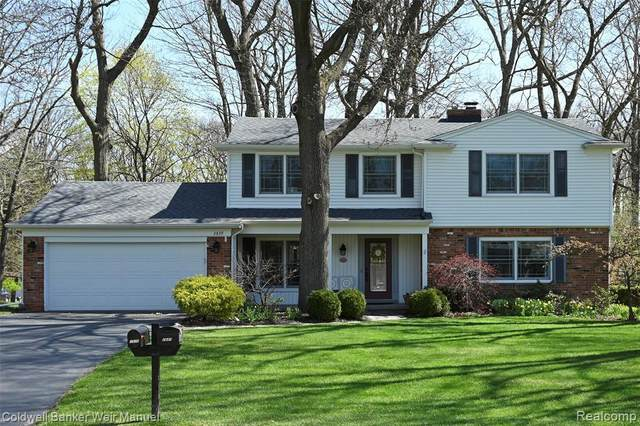 2839 Courville Drive, Bloomfield Twp, MI 48302 (#2210025531) :: Real Estate For A CAUSE
