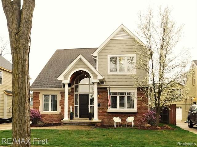954 Chestnut Street, Birmingham, MI 48009 (#2210025757) :: The Alex Nugent Team | Real Estate One