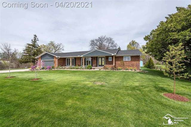4118 S Custer, Raisinville Twp, MI 48161 (#57050038908) :: Real Estate For A CAUSE