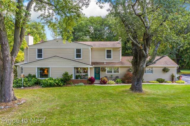 48560 W 9 MILE Road, Novi, MI 48374 (#2210026174) :: Real Estate For A CAUSE