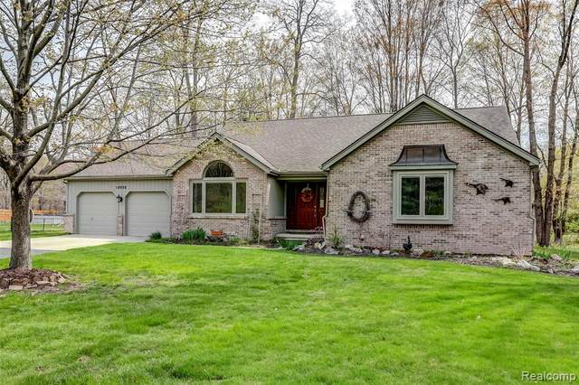 19998 Purlingbrook Street, Livonia, MI 48152 (#2210026273) :: Real Estate For A CAUSE