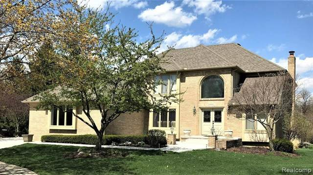 52660 Turnbury Court, Shelby Twp, MI 48315 (#2210026293) :: The Alex Nugent Team | Real Estate One