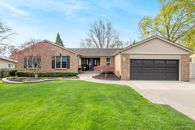 75 Windsor Road, Rochester Hills, MI 48307 (#2210026384) :: The Alex Nugent Team | Real Estate One