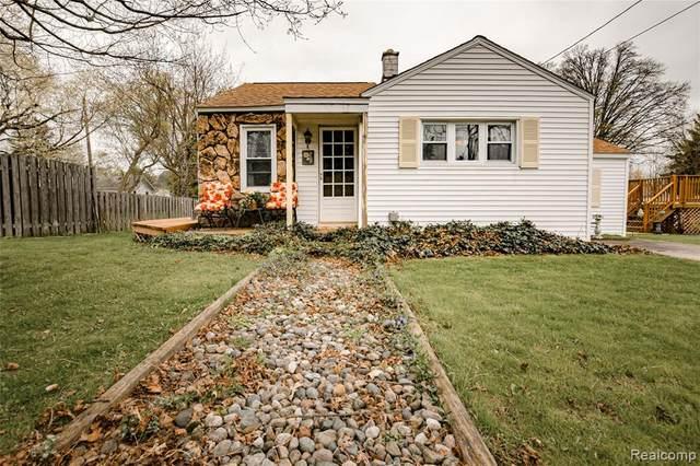 303 Shaw Court, Davison, MI 48423 (#2210026459) :: Real Estate For A CAUSE