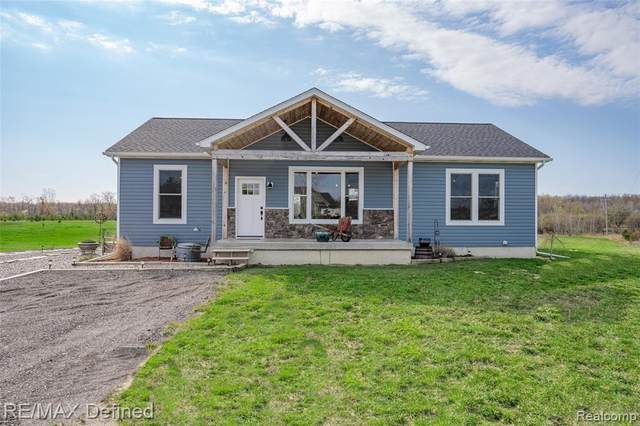 330 Wheeling Road, Imlay Twp, MI 48444 (#2210026596) :: Real Estate For A CAUSE