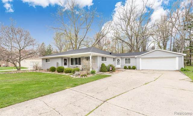 31530 Bobrich Street, Livonia, MI 48152 (#2210026630) :: GK Real Estate Team
