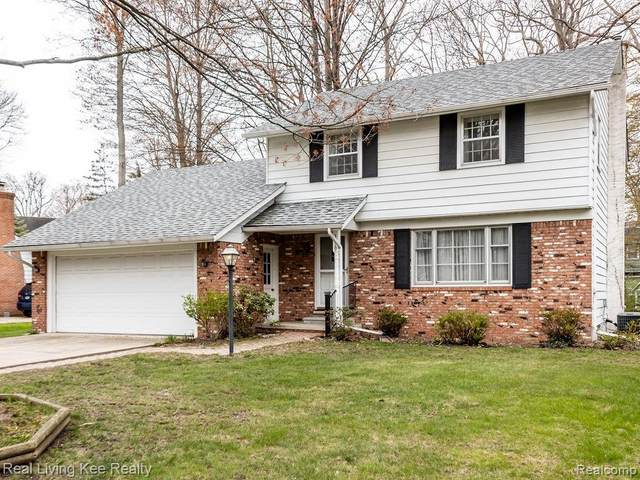 3679 Old Farm Lane Lane, Fort Gratiot, MI 48059 (#2210027200) :: Real Estate For A CAUSE