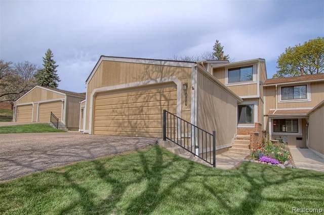 904 Williamsburg Court, Northville, MI 48167 (#2210027396) :: Duneske Real Estate Advisors