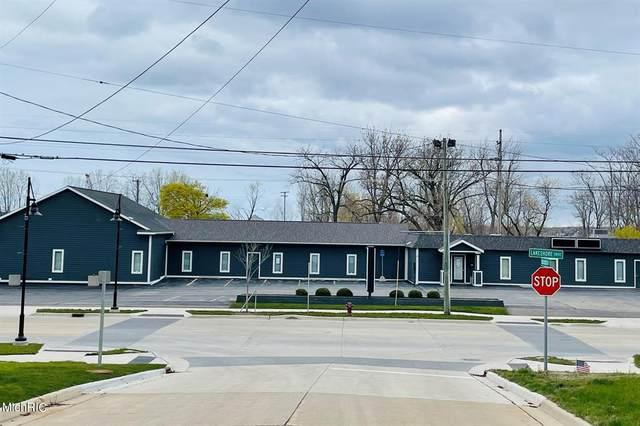 1756 Lakeshore Drive, Muskegon, MI 49441 (#71021013279) :: Robert E Smith Realty